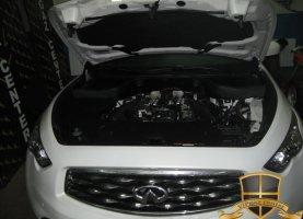 Infiniti FX50 на газу