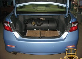 Toyota Camry 3.5 (2012) на газу