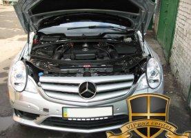 Mercedes-Benz R500 на газу