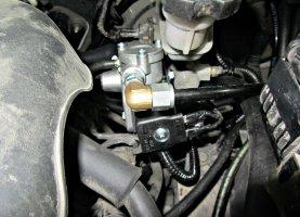 газ на Hyundai Elantra -1.6