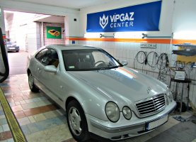 гбо на Mercedes Benz E220